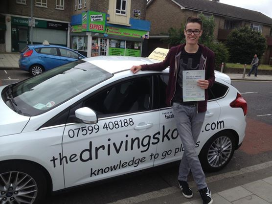 Beckenham driving lessons and intensive courses
