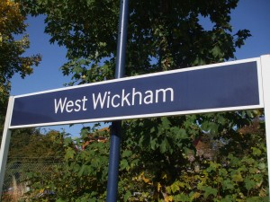West_Wickham_stn_signage